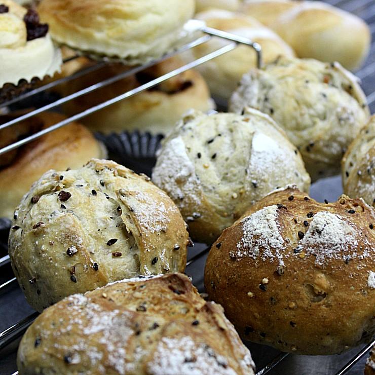 固焼きパン