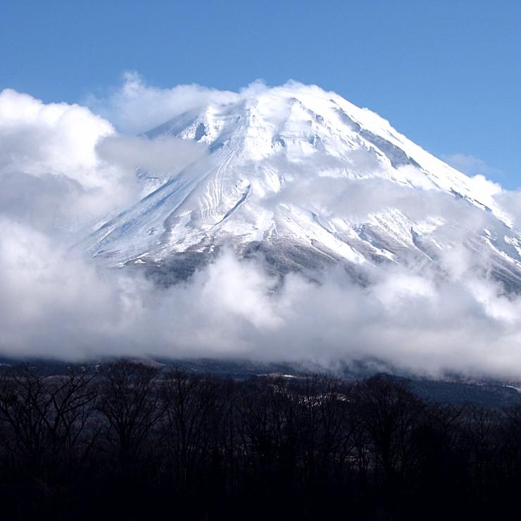 富士山と雲